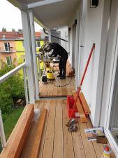 dreveny-obklad-balkonu_sibirsky-modrin_osmo013_1905-08