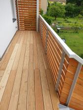 dreveny-obklad-balkonu_sibirsky-modrin_osmo013_1905-13